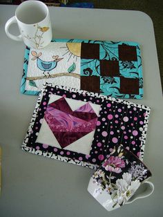 Mug Rug swap by Bolsitas de Felt, via Flickr