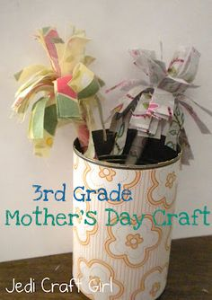 I needed a quick & low-cost Mother's Day craft for grade.