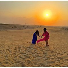 More #friendshipfriday bliss with @bella.wanders and her bae in #Dubai. Tag your bestie and show your love below! Travel Well #TravelFly! :::::::::::::::::::::::::::::: #PassportLife #BlackGirlsTravel #PassportReady #Travel #BrownGirlsTravel #DoYouTravel #Wanderlust #Fernweh #TravelTheWorld #TravelOn #BlackTravelers #TravelAddict #TravelJunkie #TasteInTravel #LadiesGoneGlobal #LuxeTravel #WellTraveled #InspireToTravel #TravelLife #TravelGram #TravelBetter #IGTravel #WeTravel #Explore…