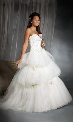 243 - Disney Fairy Tale Weddings by Alfred Angelo - Confetti.co.uk