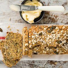 Rezept für Eiweißbrot. Jetzt nachkochen/nachbacken oder von weiteren köstlichen Rezepten von und mit LÄTTA inspirieren lassen!