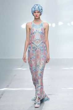 All The Gowns From Spring 2015 - NYFW - Elle I actually like this one it reminds me of a 1920's screen siren =)