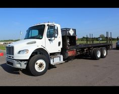 2008 FREIGHTLINER BUSINESS CLASS M2 106 24FT FLATBED WITH FUEL- LUBE PTO PUMP , http://www.afetrucks.com/heavy-duty-trucks---flatbed-trucks-2008-freightliner-business-class-m2-106-24ft-flatbed-with-fuel--lube-pto-pump-used-pinellas-park-fl_vid_43343_rf_pi.html