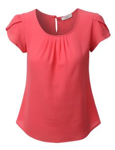 Step out this season in this loose short sleeve chiffon blouse top. Made from a lightweight and ultra soft chiffon material for all day comfort. Wear this chiffon top with skinny denim jeans and heels Loose Shorts, Work Attire, Blouse Designs, Blouses For Women, Designer Dresses, Chiffon Tops, Chiffon Material, Denim Jeans, Loose Fit