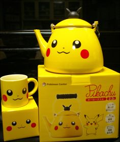 Pokemon Pikachu Kettle %uFF08YAKAN%uFF09 Pokemon Center. Must have this. And the frying pan. And the spoon. Just all the pikachu kitchenware.