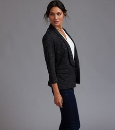 Fitted Knit Blazer Act Like A Lady, Knit Blazer, Professional Women, Skirt Suit, Suits For Women, Cami, Normcore, Skinny Jeans, Knitting