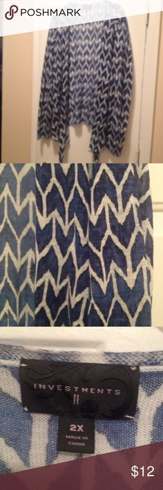Cute Cardigan Blue and white light weight Chevron print cardigan. Sweaters Cardigans
