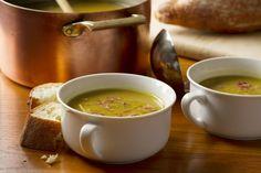 Hrachová polievka | Recepty.sk Split Pea Ham Soup, Pea And Ham Soup, Pea Soup, Fajita Seasoning Mix, Homemade Fajita Seasoning, Rainy Day Recipes, Soup Recipes, Cooking Recipes, Free Recipes