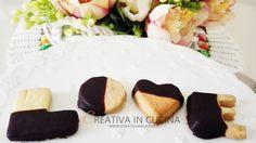 Avete pensato cosa regalare a chi amate, per San Valentino? Ormai San Valentino è alle porte e la mia idea regalo è preparare questi biscotti al burro al mio .. Ricetta completa ► https://www.creativaincucina.it/2017/02/02/biscotti-di-san-valentino-al-burro-classici-cacao-e-caffe/