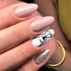 Best dipping powder nails. Get your perfect manicure in no time, it is super easy odorless and will last more than any gel polish. #dippingpowders #dippowdernailcolors