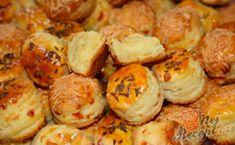 Pagáčiky se sýrem | NejRecept.cz Slovakian Food, Savoury Dishes, Baked Potato, A Table, Shrimp, Biscuits, Garlic, Muffin, Pizza