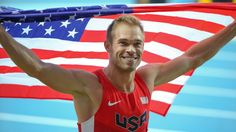Nick Symmonds smbolically donates his silver medal to his gay and lesbian friends, critizising russia. 2013