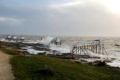 Le Puit de l'Auture par gros temps. #saintpalaissurmer #royan #storm #charentemaritime #tempete #mer #ocean #sea #carrelet  #sky