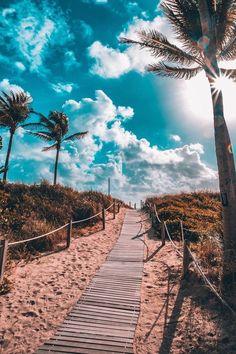 South Beach, Miami by - Summer Vibes South Beach Miami, Miami Florida, Florida Keys, Summer Vibes, Summer Beach, Summer Fresh, Summer Sky, Retro Summer, Summer Pool