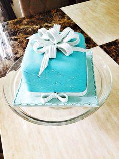Tiffany Cake Inspired by Sugar&Paste (facebook: sugarandpaste)