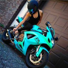 Top 10 Posts von Mototeka: Feed the addiciton - Bike - Moto Bike, Motorcycle Bike, Motorcycle Quotes, Biker Chick, Biker Girl, Sport Bike Helmets, Yamaha Sport, Yamaha R1, Dirt Bike Racing