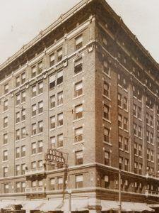 Hotel Aurora 1917 Aurora Illinois City Of Aurora Aurora Hotel
