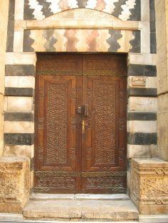 Beautiful Wooden Door   Beautiful wood carved door!   Delightful DOORS