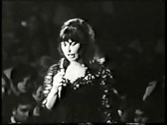 The one and only Astrud Gilberto, undisputed Queen of Bossa Nova. This video was from a performance at the Warwick Musical Theatre in Rhode Island. Latin Music, Jazz Music, Samba, Astrud Gilberto, First Humans, Jazz Blues, Vintage Music, Musical Theatre, Carnival