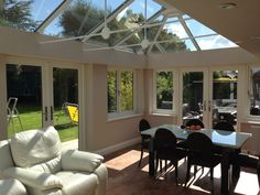 For those seeking to personalise the exterior of a Livin Room Orangery, cornice aluminium guttering adds an element of style to the external frame. Furthermore, lights and speakers can be installed into the plastered perimeter, giving you complete control on the customisation of your new living space.