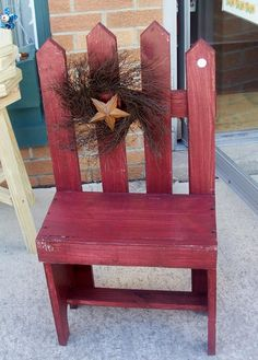 rustic star and wreath on a mini bench --could look great in a garden with a plant on it...