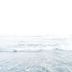 > pinterest: ellemartinez99 < Strand, Couple Weeks, Vsco Grid, White Aesthetic, Seaside, Summertime, Summer Vibes, Surfing, Coastal