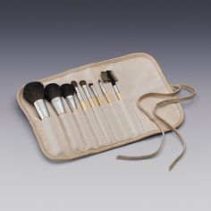 8-Piece eQo-Friendly Brush Set with Natural Hair | Eco-Friendly