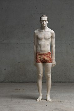 "Bruno Walpoth: ""Isaak"". He uses simple tools to turn pieces of wood (lime and walnut) into human sculptures."