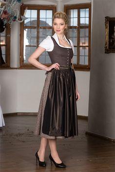 http://hammerschmid-gmbh.de/tracht-und-tradition-17/ |   Mieder Verona 78021 Dirndlbluse Anita 28909 Rock Mühldorf 48114 (80cm) Schürze 28723