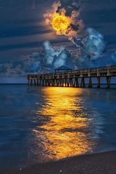 Full harvest moon over Juno beach pier. Juno Beach was one of five sectors of the Allied invasion of German occupies France in the Normandy landings on June during the Second World War. Beautiful Moon, Beautiful World, Beautiful Places, Juno Beach Pier, Palm Beach, Sunset Beach, Ciel Nocturne, Shoot The Moon, All Nature