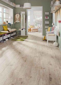 laminált padló 06, extra méretű fehérített tölgy