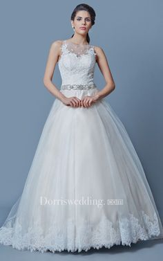 Elegant A-line Tulle Wedding Dress With Appliques and Beadings #weddingdress #weddinggown #bridaldress #bridalgown #weddingdresses casual