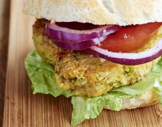 How to make a veggie burger from chickpeas