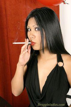 james-smoking-fetish-sell-use-cigarettes-figured