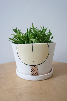 Planter Guy Eric – ceramic – porcelain – pottery – planter pot and saucer