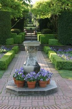 Filoli in Woodside, California--Click through to read more about this garden!