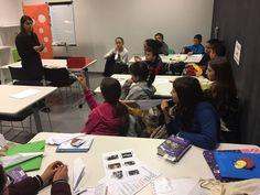 A la sessió de Club de lectura infantil d'avui hem parlat de la Segona Guerra Mundial i de l'Alzheimer. Hem compartit entre tots moltes coses que sabíem i sobretot n'hem après moltes de noves. També hem fet un concurs de volar avions i comencem a preparar els booktrailers!!!!! #Esparreguera #quèfemalesbiblios