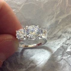 CZ Ring Avon 3 Stone CZ Ring Size 7. Avon Jewelry Rings