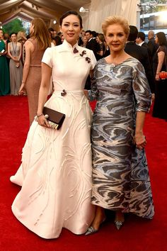"Zhang Ziyi and Carolina Herrera attend the ""China: Through The Looking Glass"" Costume Institute Benefit Gala at the Metropolitan Museum of Art on May 2015 in New York City. Get premium, high resolution news photos at Getty Images Zhang Ziyi, Carolina Herrera, Beautiful Dresses, Nice Dresses, Formal Dresses, Met Gala Red Carpet, Costume Institute, African Fashion, Evening Gowns"
