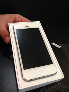 How to Put a Screen Protector on Without Any Bubbles