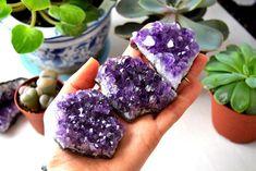 Amethyst Geodes, Purple Amethyst Crystal Clusters, Rough Amethyst Crystals - GS
