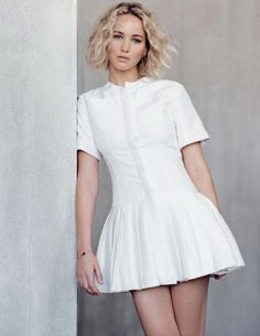 Mini dress, Jennifer Lawrence by Nathaniel Goldberg for Elle Malaysia January 2016 - Dior Resort 2016 Le Style Jennifer Lawrence, Jennifer Lawrence Photoshoot, Jennifer Lawrence Birthday, Jenifer Lawrens, Short Hair Waves, Femmes Les Plus Sexy, Celebrity Hairstyles, Mannequins, Short Hair Styles