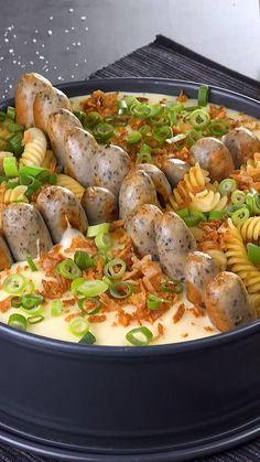 Healthy Cooking, Healthy Eating, Cooking Recipes, Austrian Recipes, Italian Recipes, Amazing Food Videos, Bratwurst, International Recipes, Creative Food