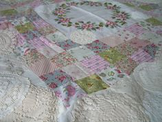 rozenkransquilt, old linen, embroidery and vintage