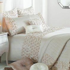 Luxus Bettwäsche von Kylie Minogue - Satin, Pailetten und edle Muster