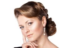 Google Image Result for http://www.hairstylestars.com/wp-content/uploads/2012/06/old-hollywood-glamour-hairstyle.jpg