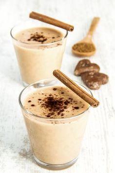 Esta receta de smoothie de café es ideal como un postre ligero para cambiar de sabor de boca. Es muy fácil y rápido de hacer te encantará.