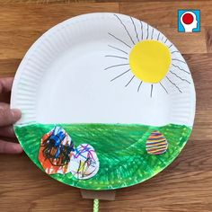 Osterbasteln: Lustige Pappteller-Bastelei mit Schiebeeffekt Small idea for tinkering with your child Easter Crafts For Kids, Toddler Crafts, Diy Crafts For Kids, Easy Crafts, Preschool Garden, Preschool Crafts, Diy Projects For Beginners, Projects For Kids, Easter Paintings