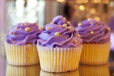 Stay on trend with PANTONE Color of the Year 2014 - Radiant Orchid dessert Purple Cupcakes, Cupcake Cakes, Purple Birthday, Golden Birthday, 28th Birthday, Wedding Cupcakes, Wedding Cake Toppers, Wedding Desserts, Quinceanera