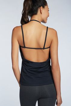 The super soft Miri Tank is flirty fun with it's open back! Miri Tank - Fabletics - obsessed with this open back Workout Wear, Workout Tops, Workout Shirts, Sport Fashion, Fitness Fashion, Fitness Gear, Fitness Style, Fitness Outfits, Fitness Apparel